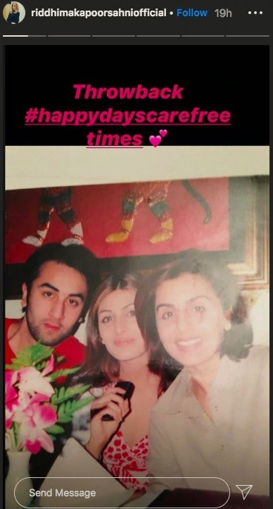 Ranbir Kapoor poses with mom Neetu and sister Riddhima