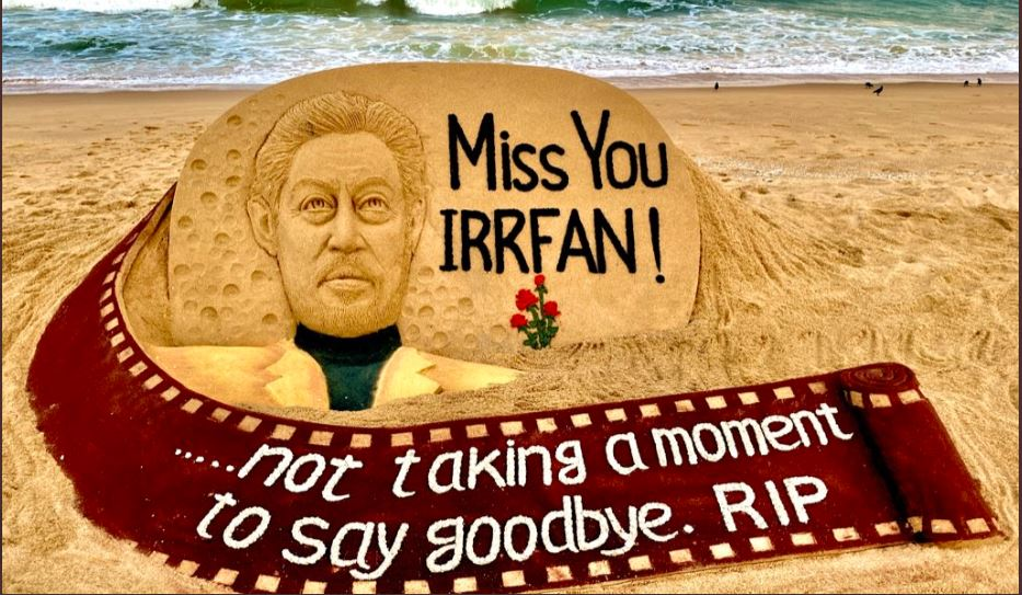 paid tribute to Irrfan Khan