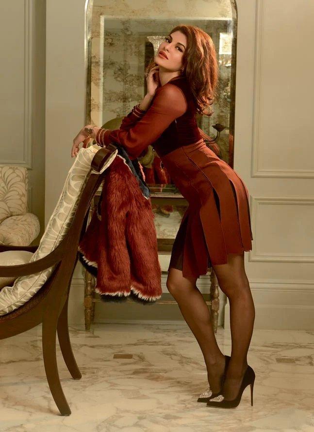 Jacqueline Fernandez Hot 2