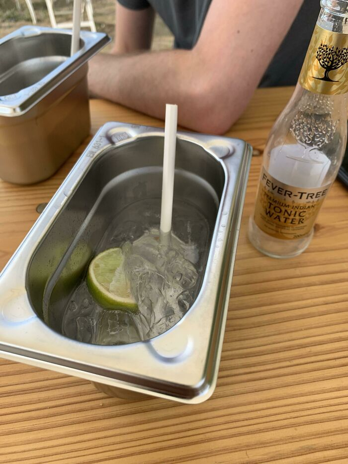lemonade serving