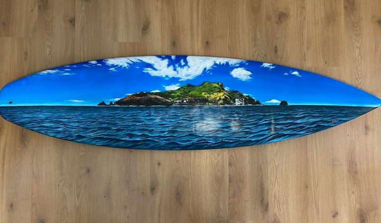 I Love Nature And The Sea, So I Upcycle Old Surfboards And Create Art On Them
