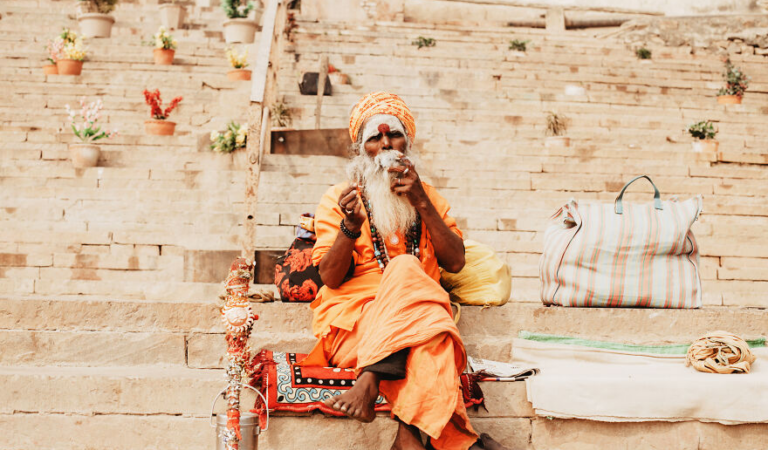 Photographer Beautifully Captures India's Daily Life